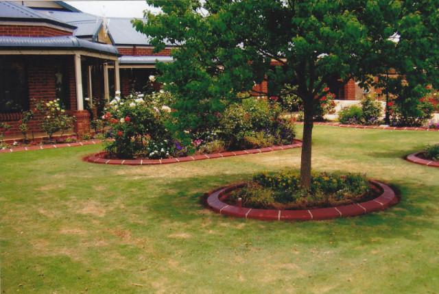 Garden Kerbing